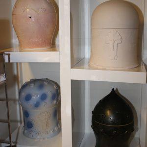 Handgemachte Keramikurnen von R. Mehlmauer